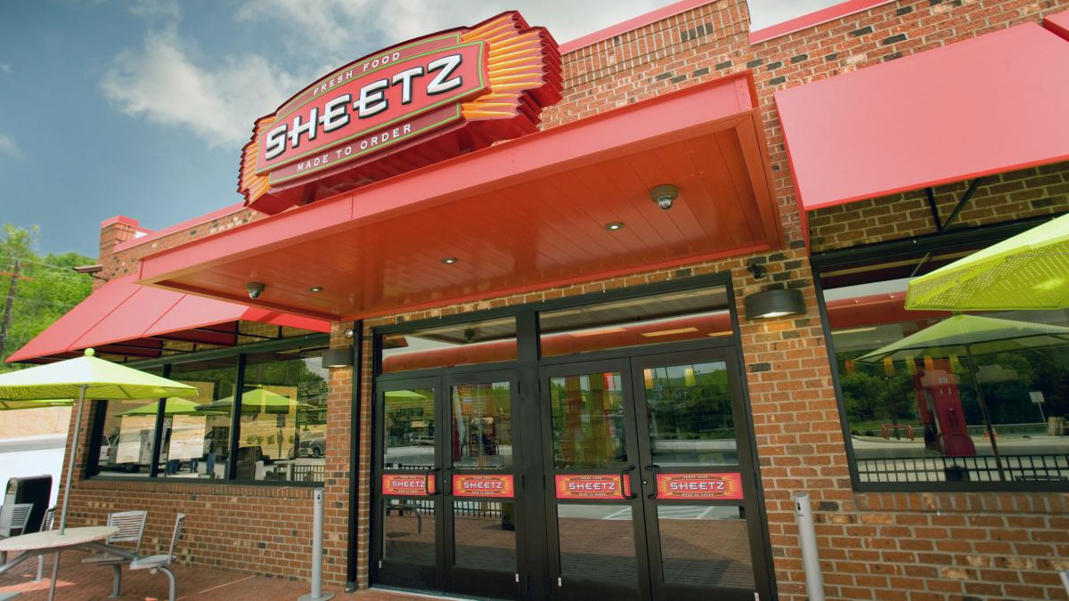 The photo shows the entrance of a Sheetz convenience store